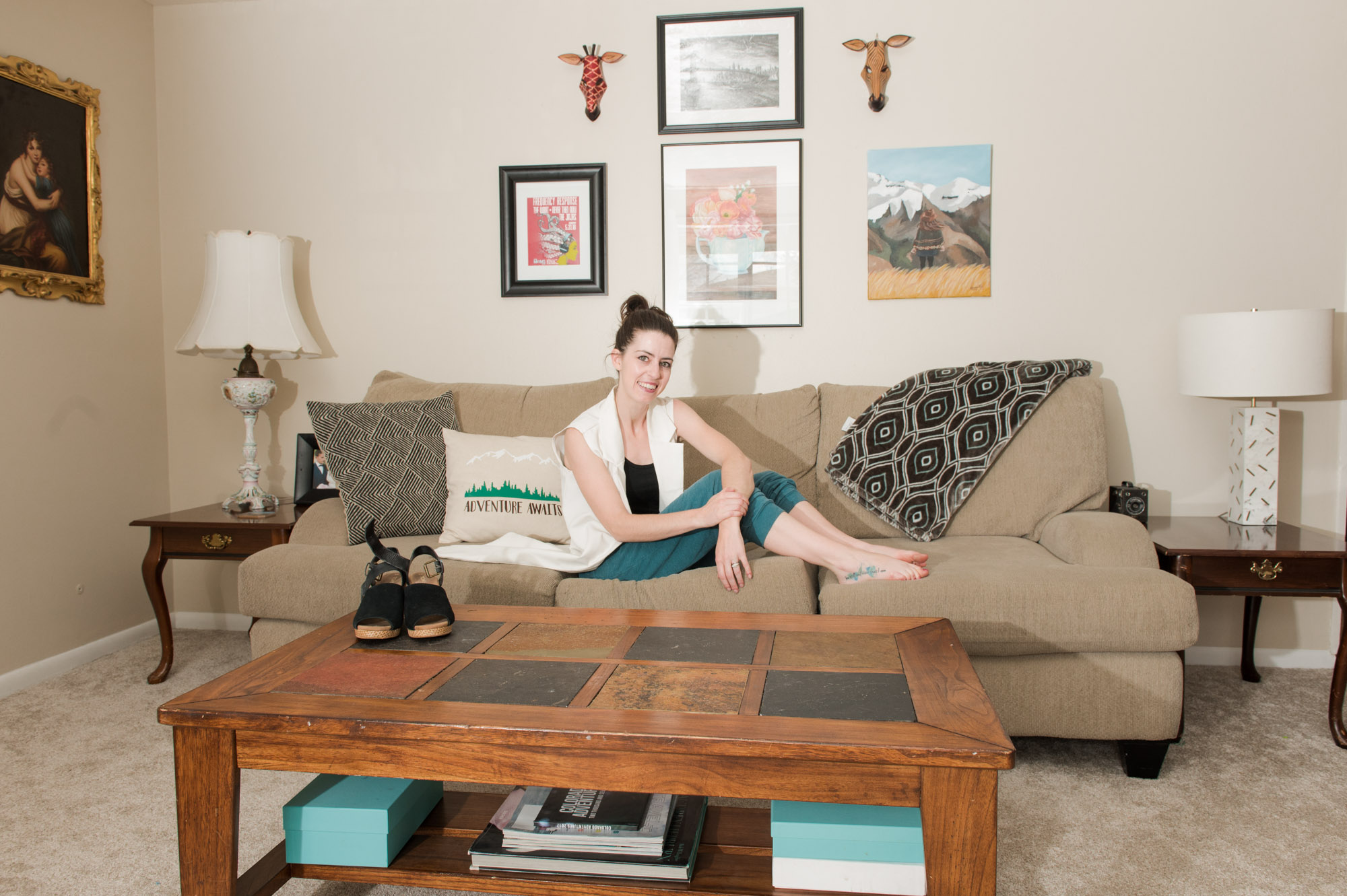 Living room loungewear with a blazer and sweatpants.