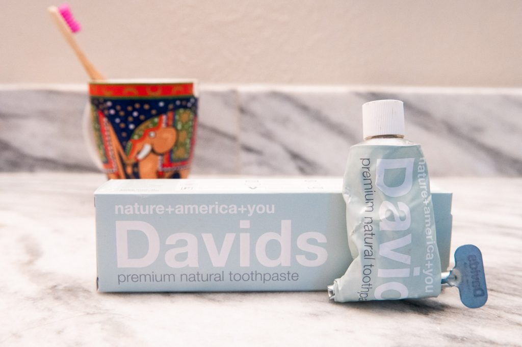 Plastic-free products for your bathroom: Dental Hygene